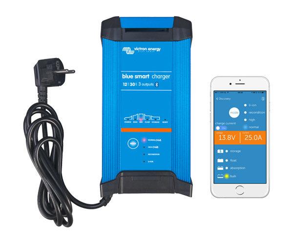 Cargador de Baterías Blue Smart IP22 12V 30A 3 Salidas
